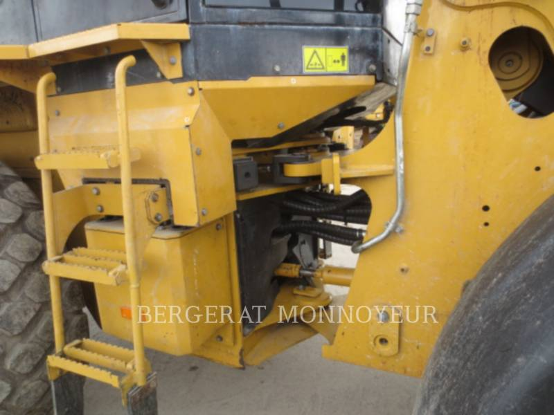 CATERPILLAR CARGADORES DE RUEDAS 930H equipment  photo 10