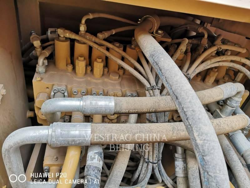 CATERPILLAR KETTEN-HYDRAULIKBAGGER 323D2L equipment  photo 18