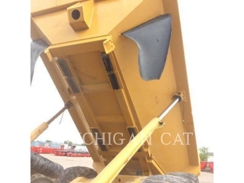 CATERPILLAR CAMINHÕES ARTICULADOS 740 equipment  photo 19