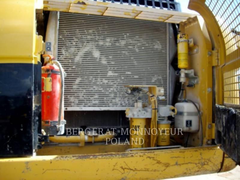 CATERPILLAR TRACK EXCAVATORS 324DL equipment  photo 12