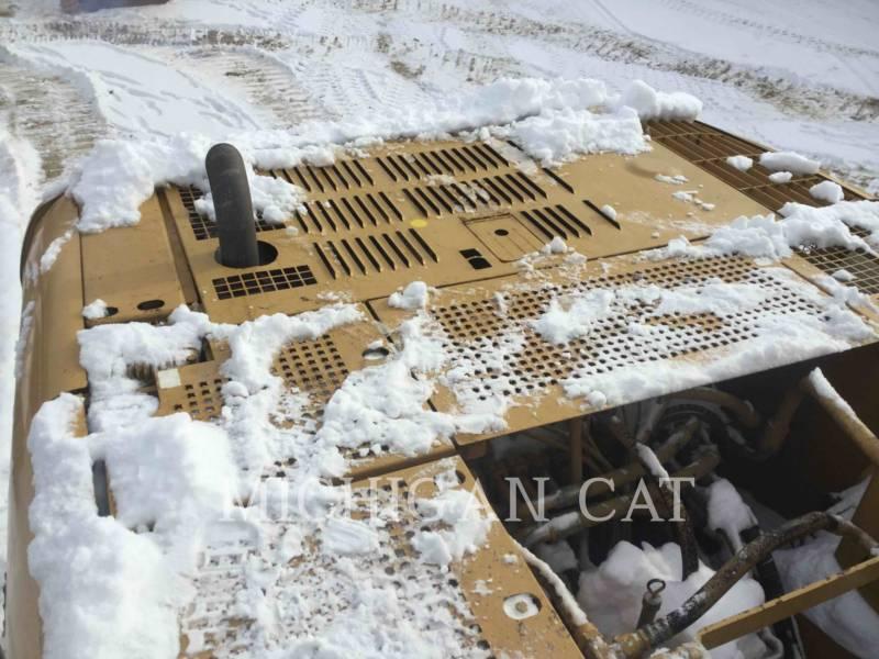 CATERPILLAR TRACK EXCAVATORS 320CL equipment  photo 13