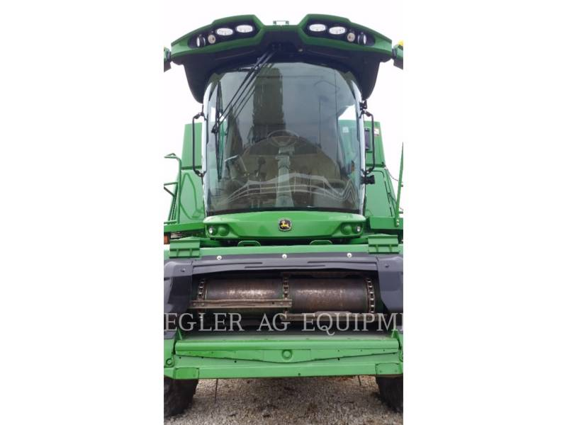 DEERE & CO. COMBINES S680 equipment  photo 2