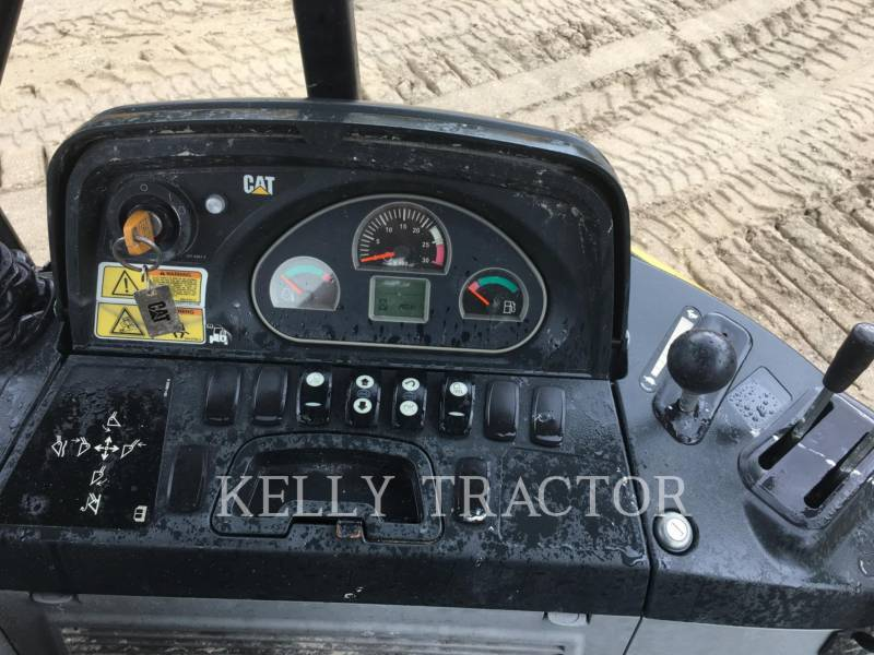 CATERPILLAR CHARGEUSES-PELLETEUSES 416FST equipment  photo 9