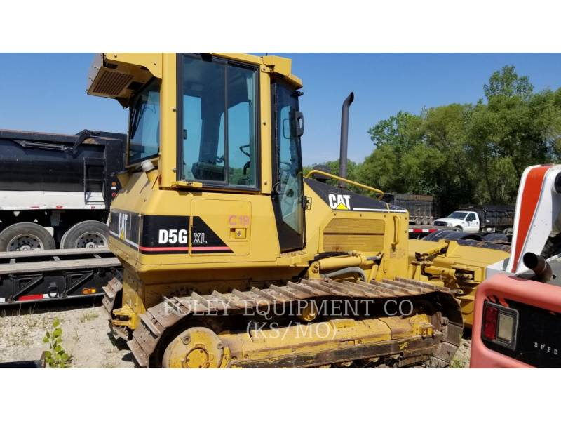 CATERPILLAR TRACK TYPE TRACTORS D5G equipment  photo 1