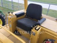 CATERPILLAR TRACK LOADERS 977L equipment  photo 6
