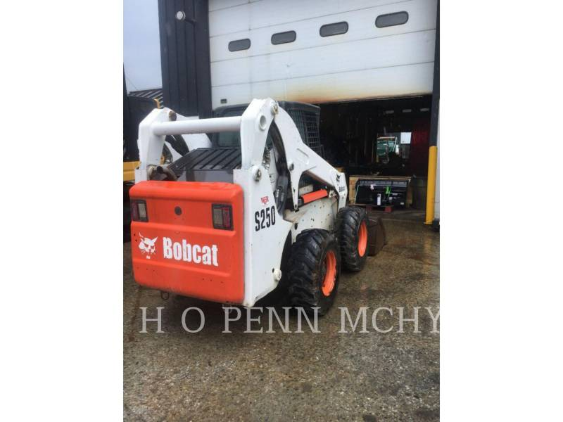 BOBCAT SKID STEER LOADERS S250 equipment  photo 8