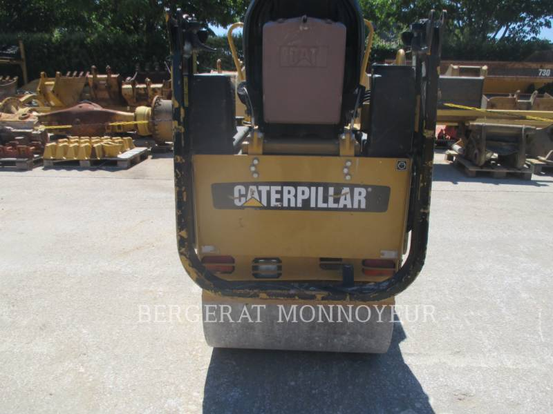 CATERPILLAR COMPACTEURS CB14 equipment  photo 5