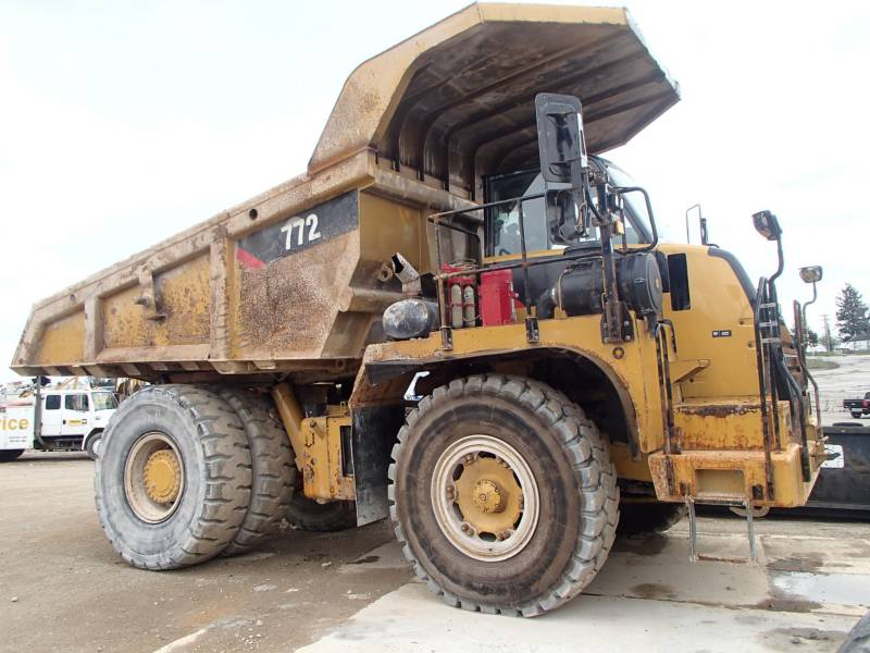 CATERPILLAR TOMBEREAUX DE CHANTIER 772 equipment  photo 1