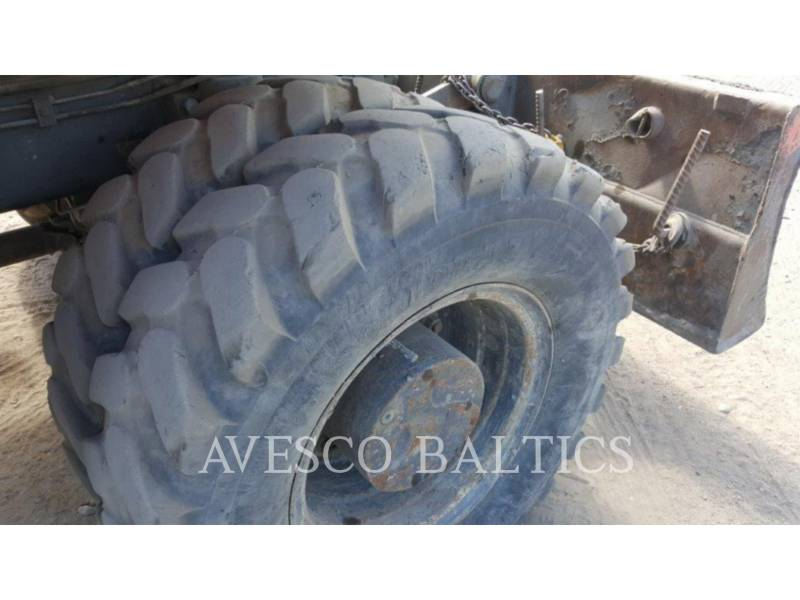 FIAT KOBELCO PELLES SUR PNEUS E175 WT equipment  photo 7