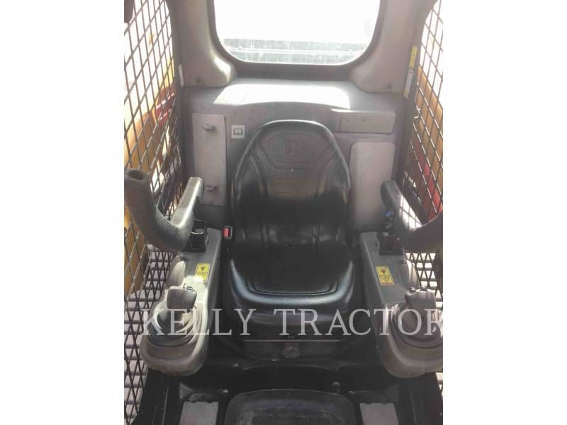 CATERPILLAR MULTI TERRAIN LOADERS 277D equipment  photo 11