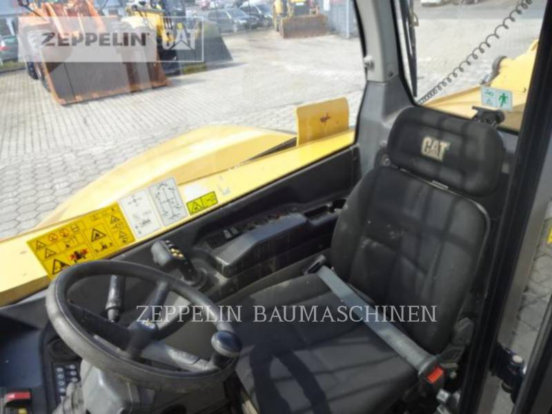 CATERPILLAR TELEHANDLER TH414C equipment  photo 11