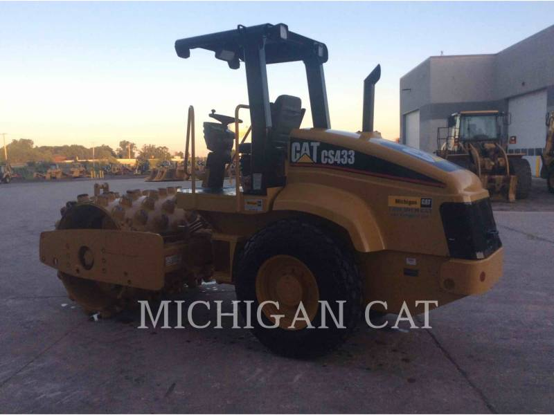 CATERPILLAR EINZELVIBRATIONSWALZE, GLATTBANDAGE CS-433E equipment  photo 4