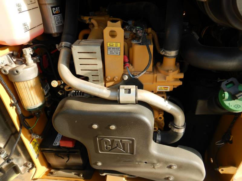 CATERPILLAR PALE CINGOLATE MULTI TERRAIN 259D equipment  photo 23