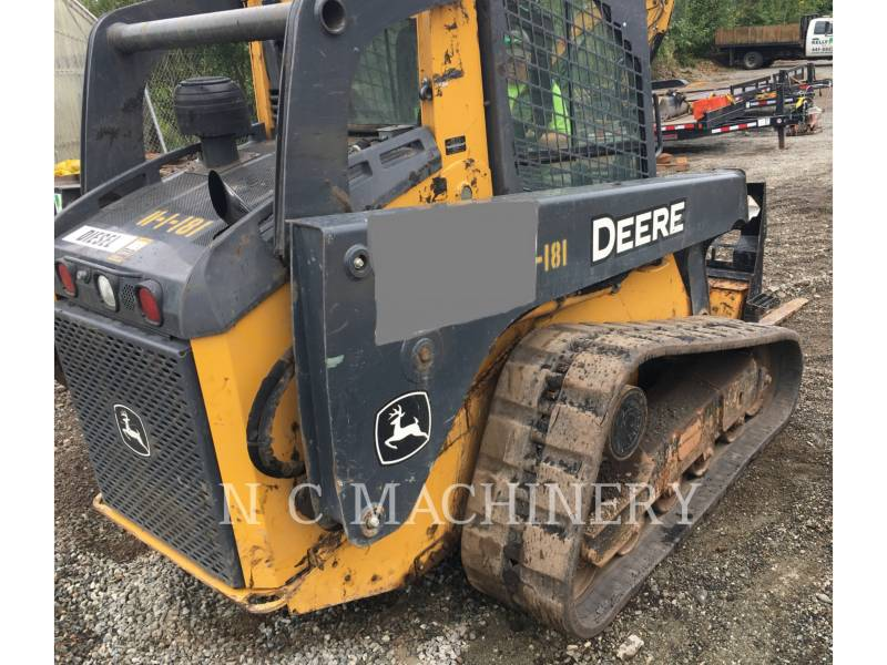 JOHN DEERE SKID STEER LOADERS 323D equipment  photo 3