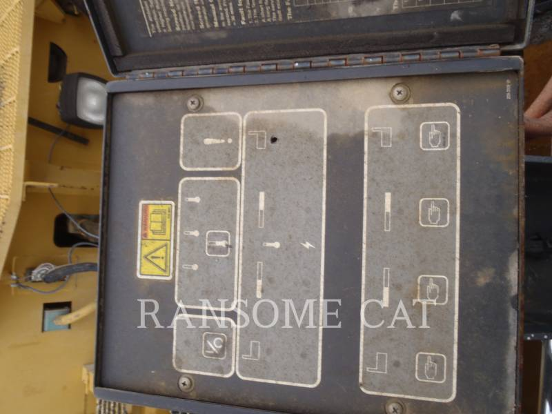 CATERPILLAR SCHWARZDECKENFERTIGER AP-1000D equipment  photo 23