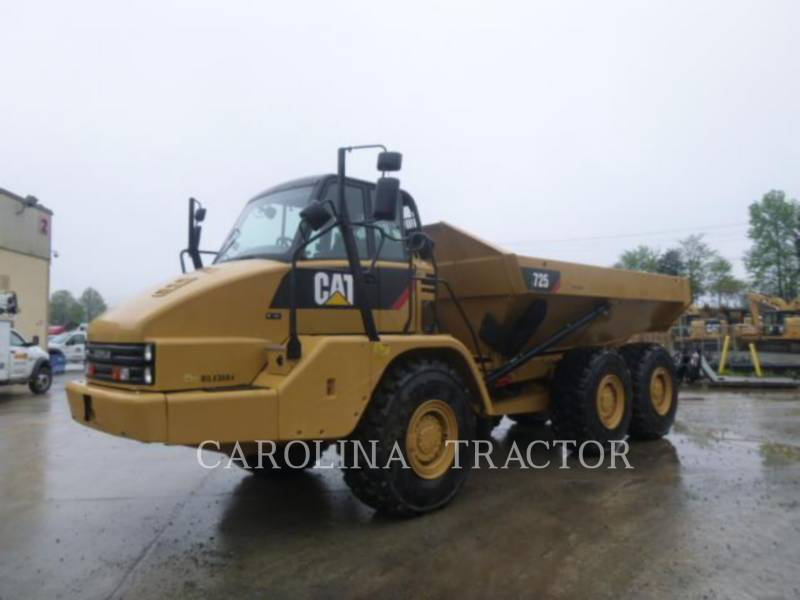 CATERPILLAR CAMINHÕES ARTICULADOS 725 equipment  photo 2