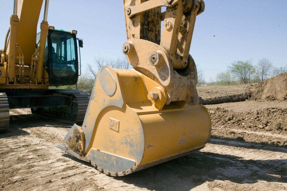 Excavator Bucket : New mm in heavy duty pin grabber performance
