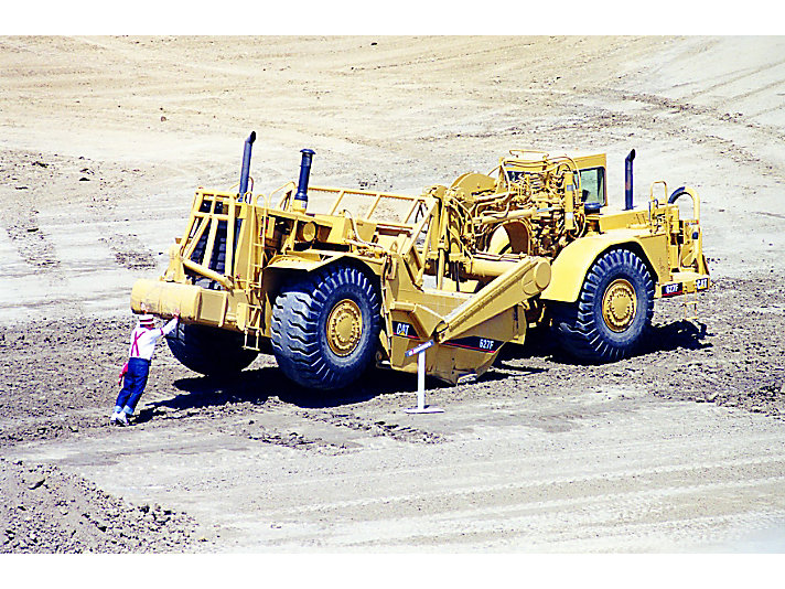 Alexander Botts lifts a Cat® 627F Scraper