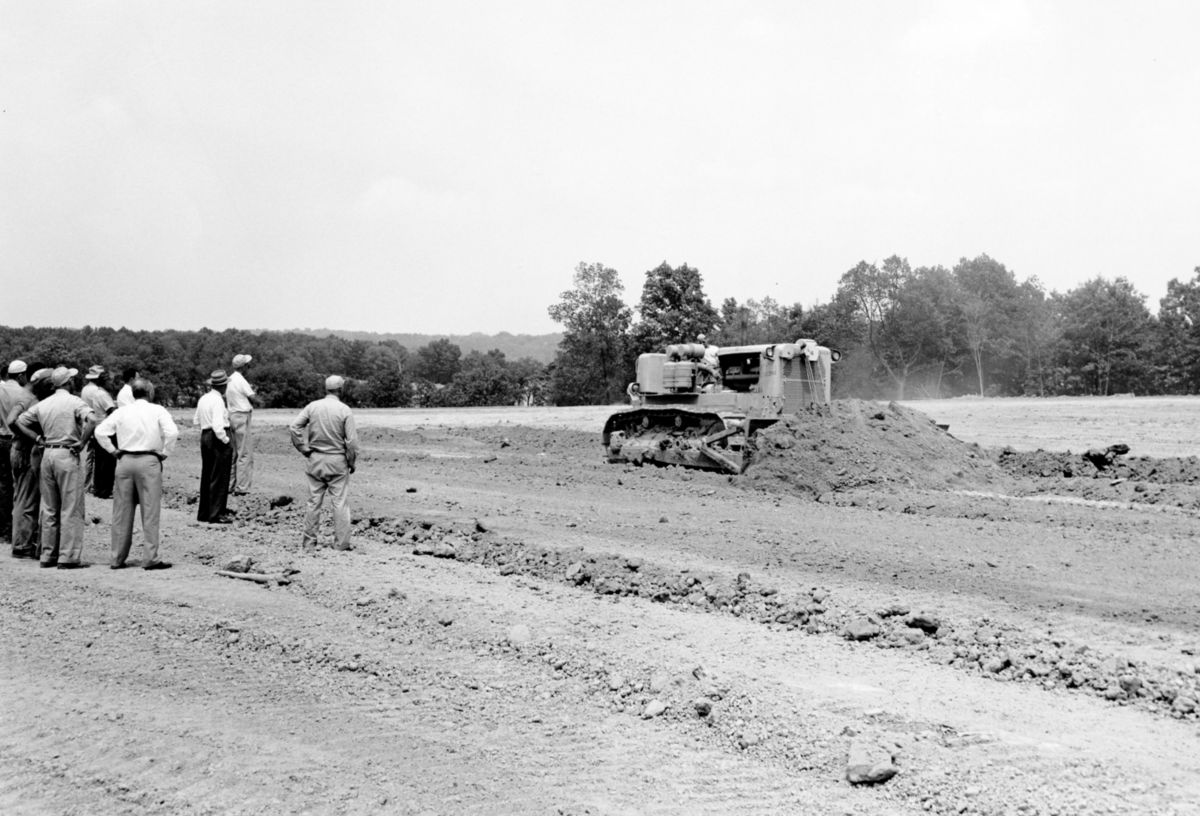 D9 Dozer pilot machine at the Peoria Proving Grounds in 1954