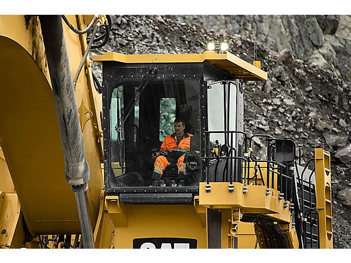 Escavadeira Hidráulicas de Mineração 6020B