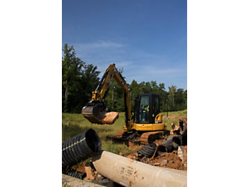E2 Series Mini Hydraulic Excavators