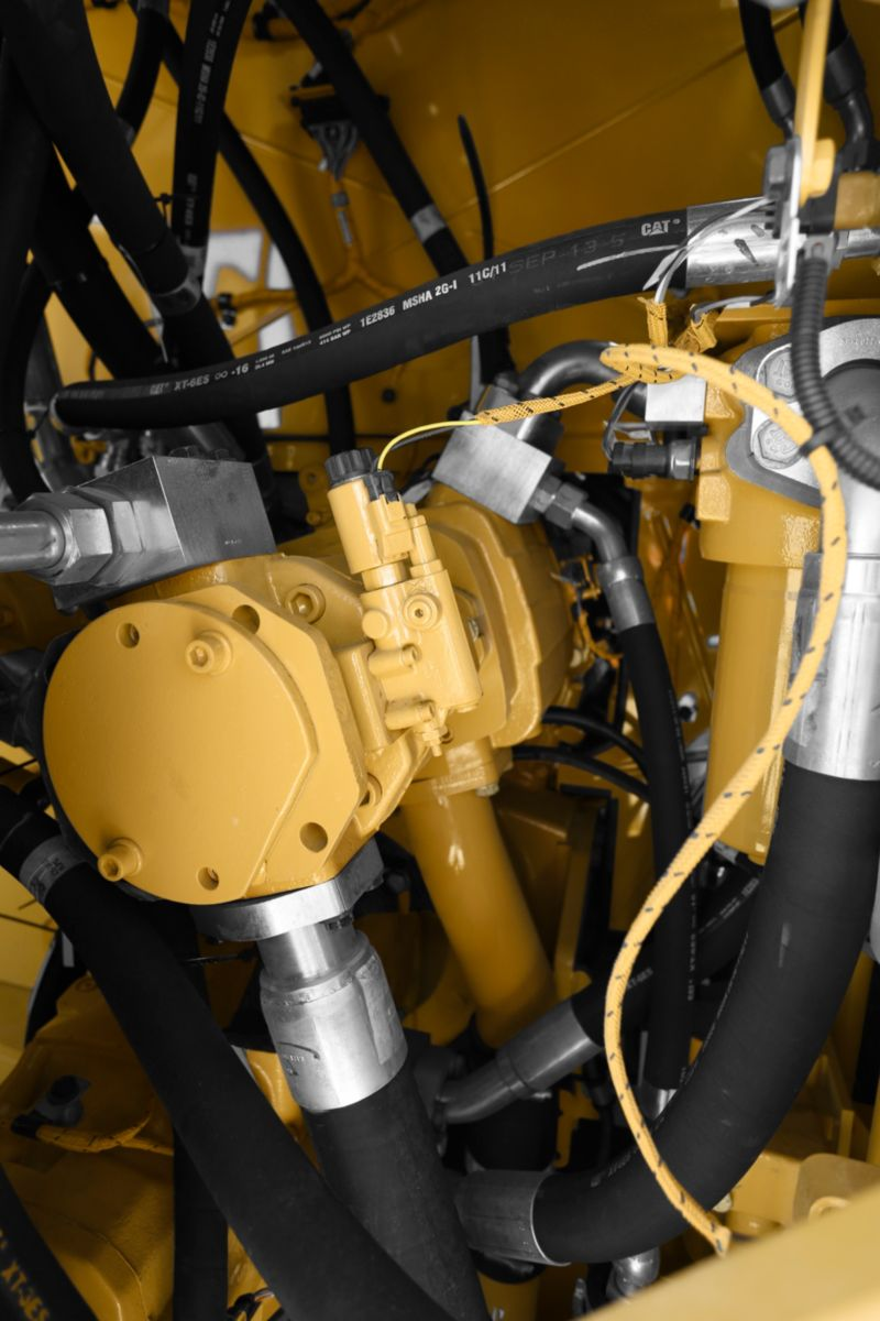 Consistent Oil Cleanliness for Dependable Hydraulic System Performance