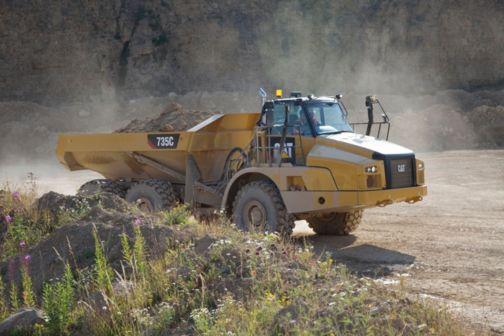 735C - Three Axle Articulated Trucks