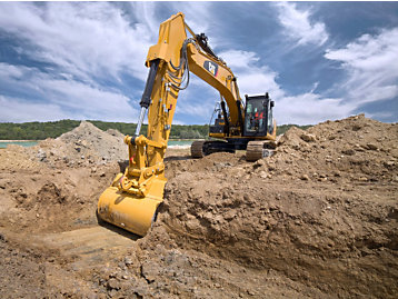 5 Reasons to Buy the New Cat® 325F Excavator