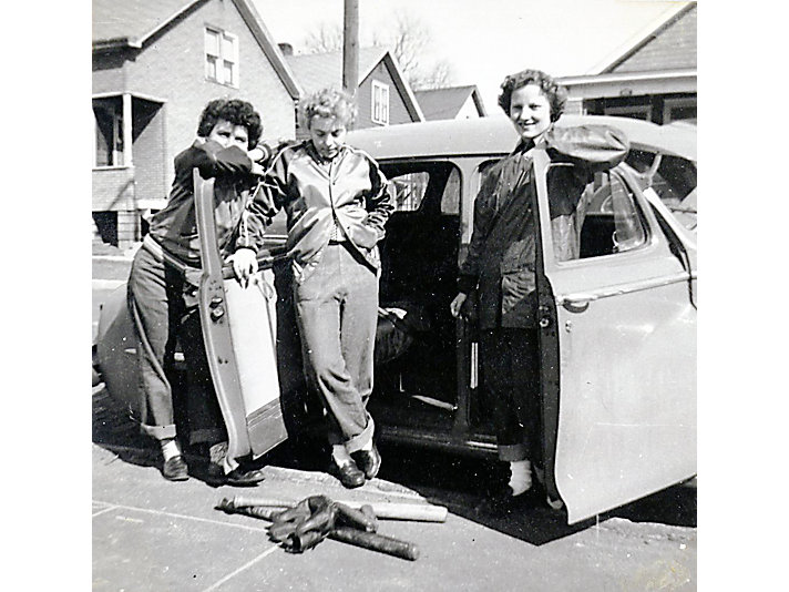 Eleanor Rudy Rudolph, Carolyn Cotton Thome, and Amy Applegren, 1947