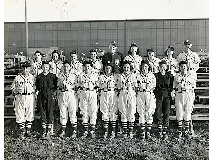 1942 Dieselettes Team. Amy Applegren is in row 1, second from the left.