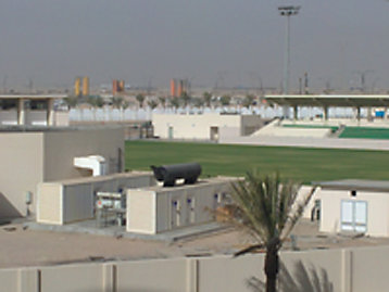 FG Wilson Container-Generator-Sets in Basra Sports City Fotografie installiert