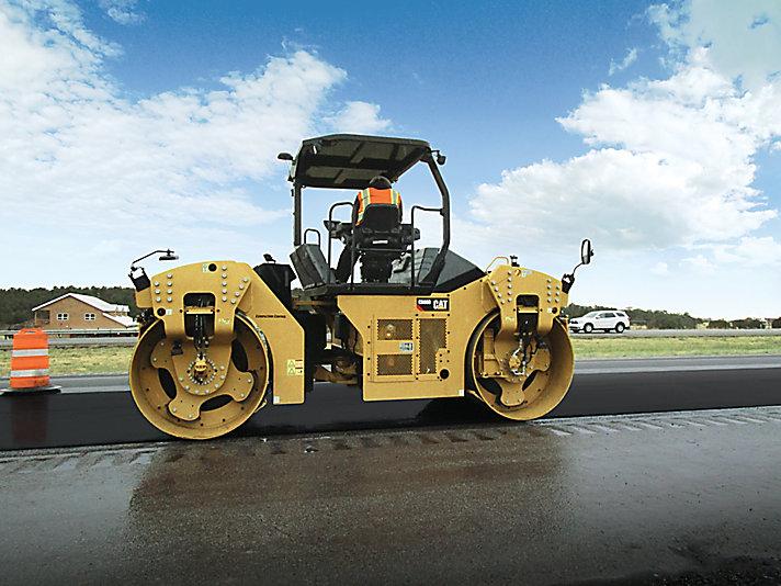 CB68B 双钢轮振动压路机