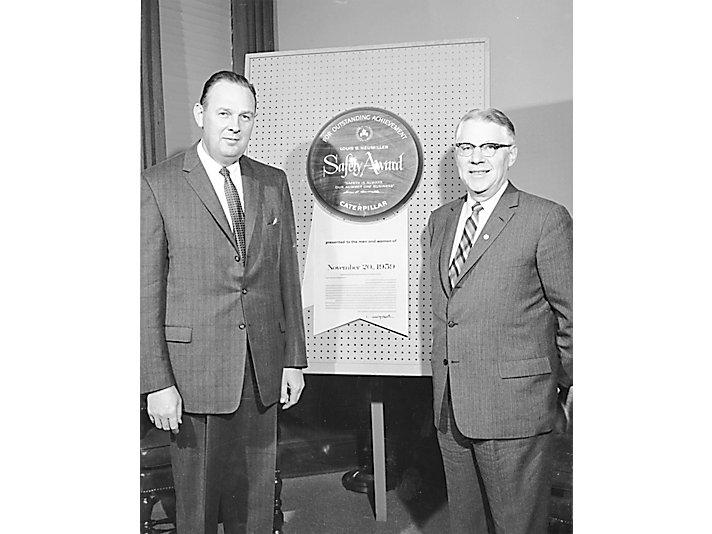 1959年 L.B. Neumiller 安全奖
