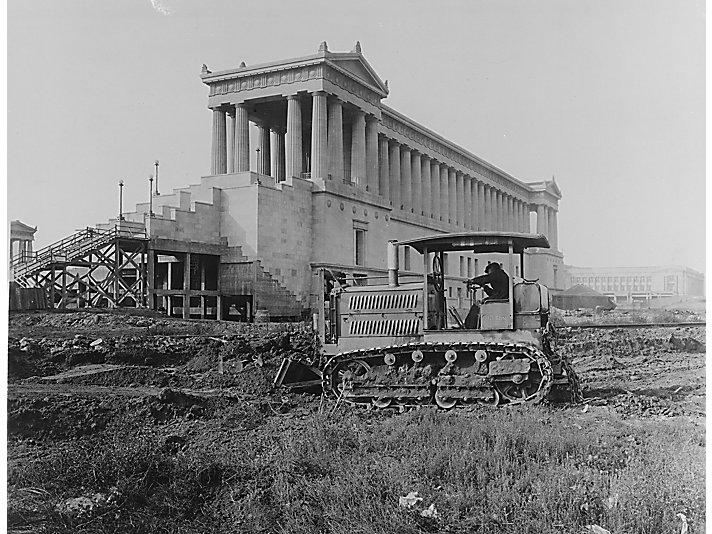 A Holt Caterpillar 10-Ton at work during the construction of Soldier Field