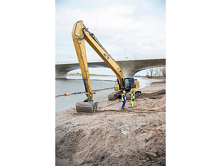 340F LRE Long Reach Excavation Hydraulic Excavator