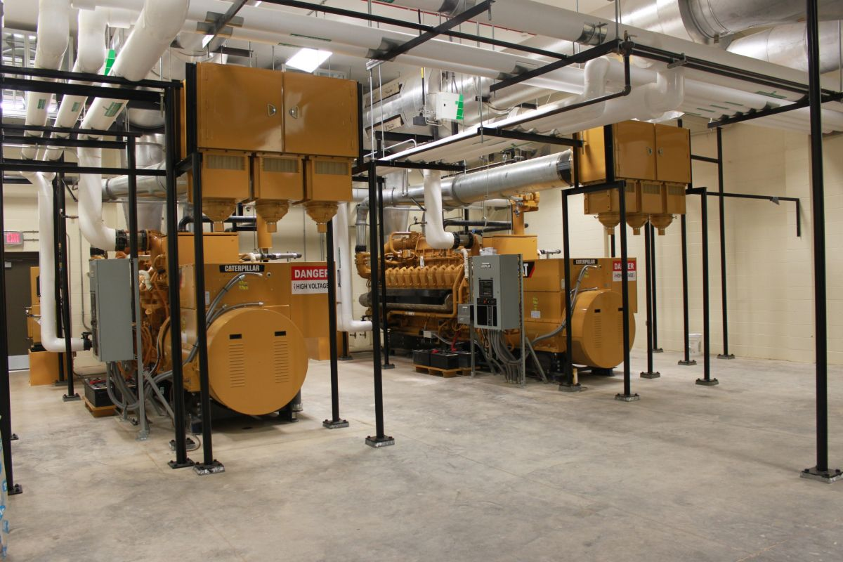 Cat<sup>®</sup> G3520C generator sets, fueled by natural gas reserves found underneath Fort Knox, provide prime and backup power to the U.S. Army base, which can now operate off the public grid in the event of an emergency.