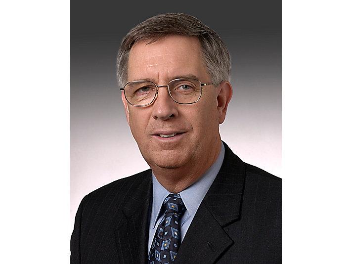 2004J.W. Owens被任命为公司董事长