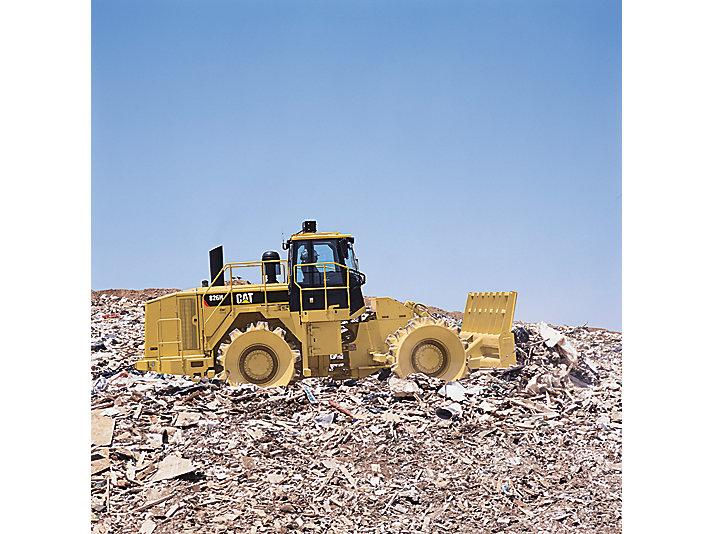 826H - 2011, Global Landfill Compactors
