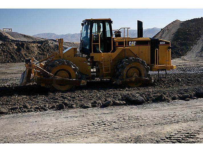 825H Soil Compactors