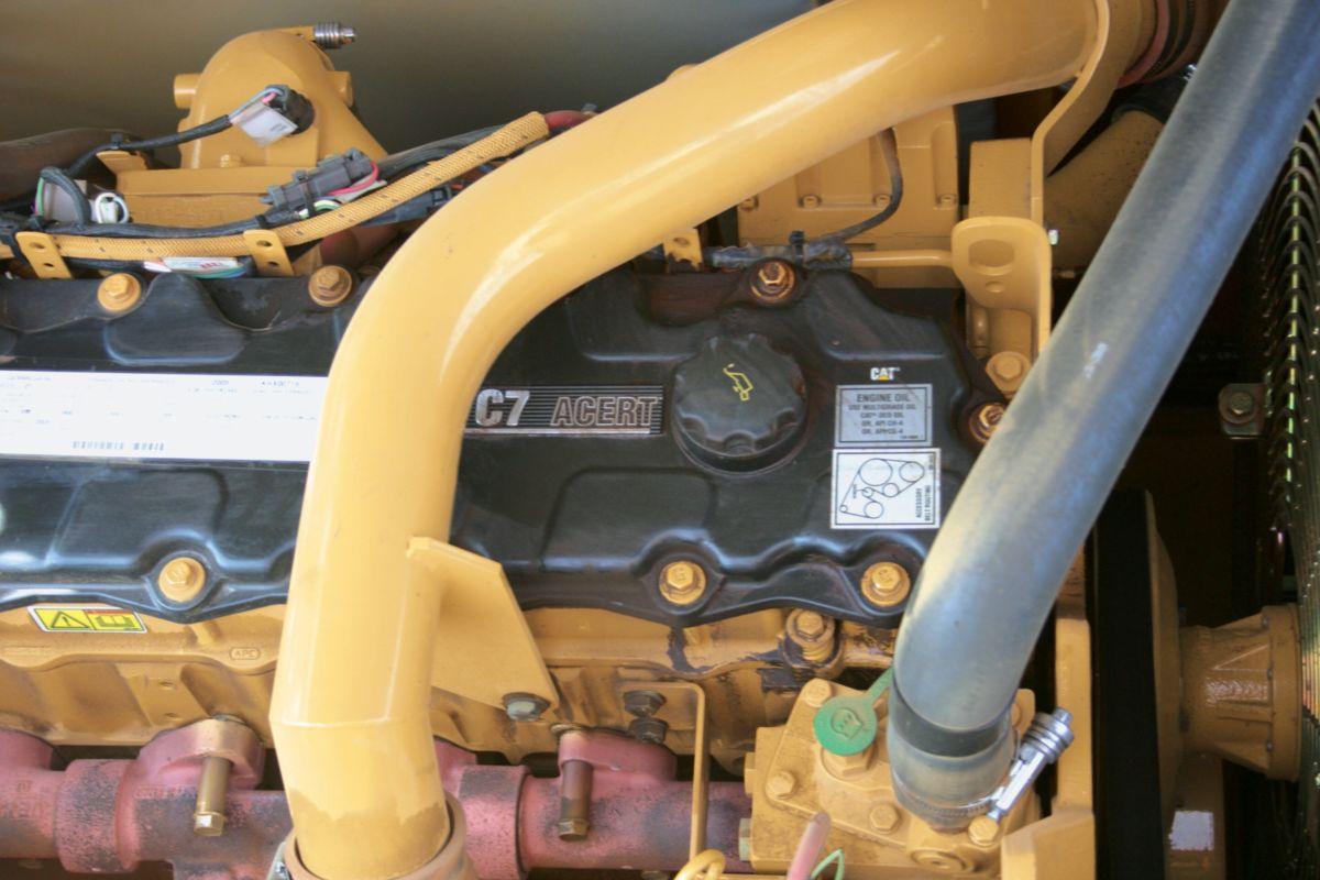 caterpillar 3126b engine with 325d Fm Forest Machine on 291046161910 together with Cat 3306 Engine Suit 966f besides I01920026 together with 18397086 additionally 8wcin 2001volvo N14 Plus Engine Starts Normally.