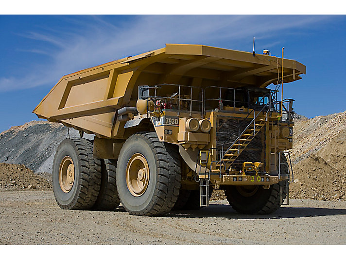 Caterpillar 793D off-road truck - haul truck mining jobs iMINCO.net