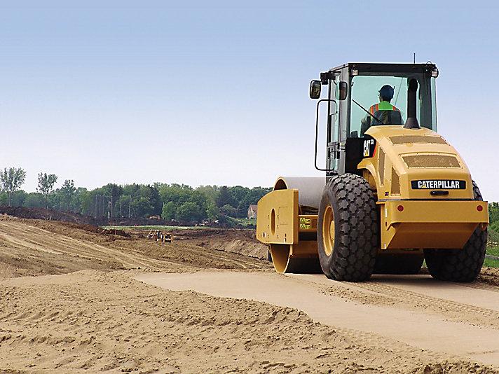 ضاغط التربة الاهتزازي CS74