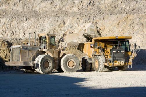 775G (Tier 2) - Off-Highway Trucks