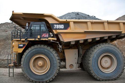 789D - Mining Trucks