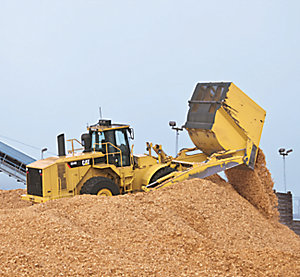 834H Wood Chip Scoops