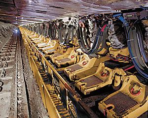 Exploitation minière souterraine: à longue taille