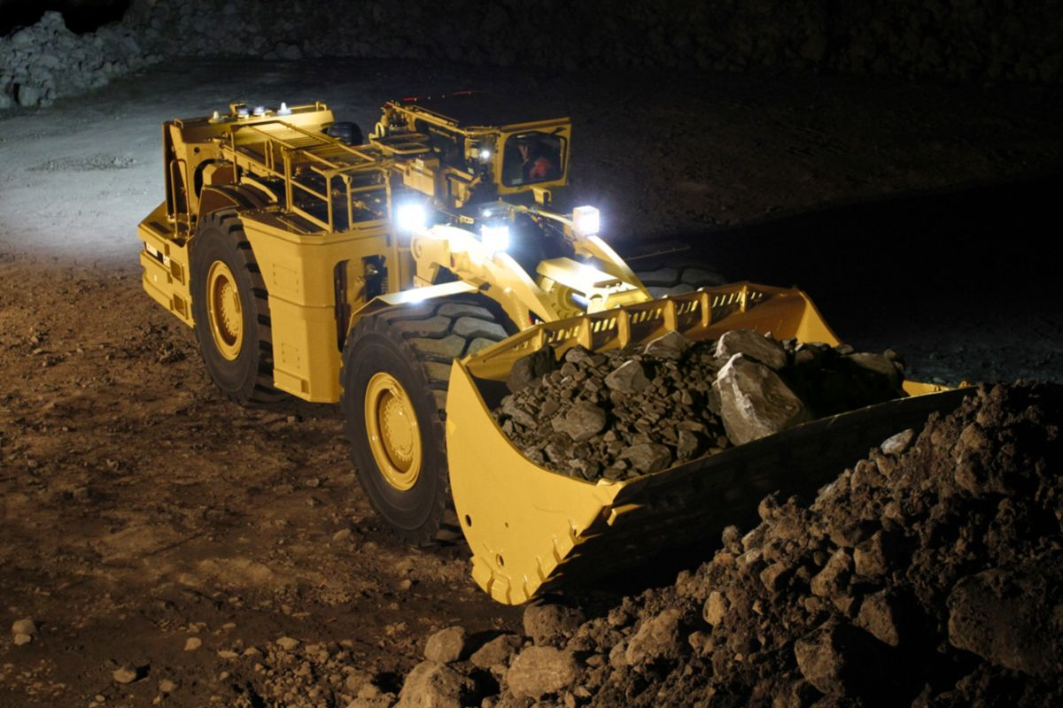 Trucks For Sale Working Trucks For Sale New And Used >> New R3000H Underground Mining Loader for Sale - Whayne Cat