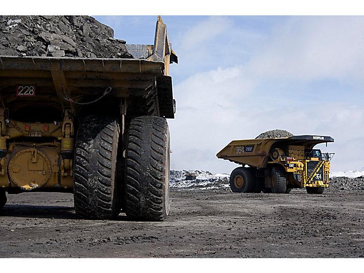 Camiones Mineros 795F AC