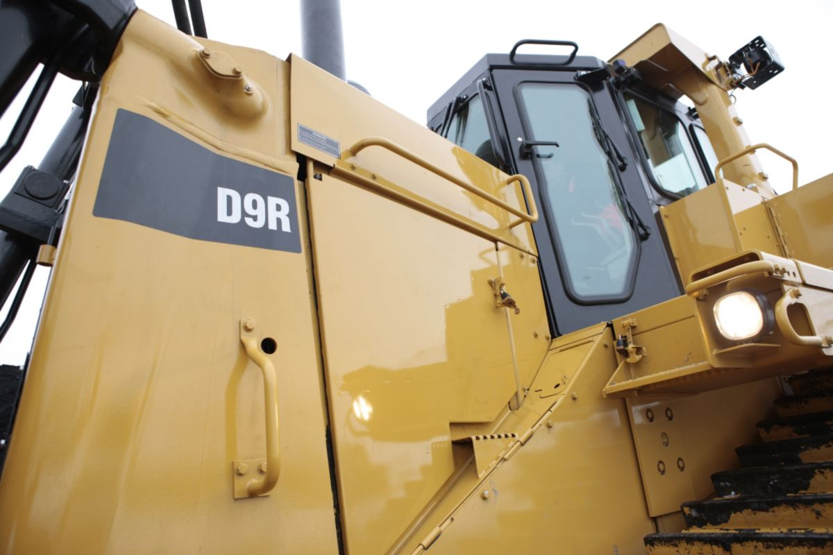 Cat D9R Large Dozer for Mining