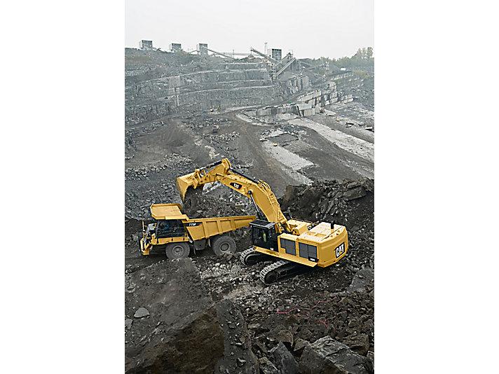 390D L Large Hydraulic Excavator